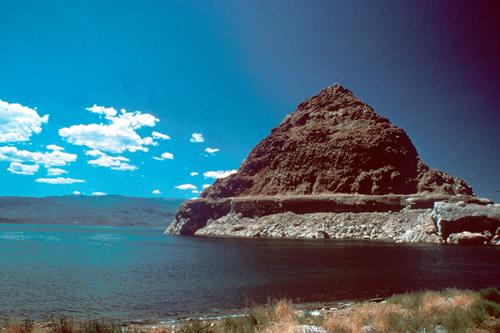 Lake Pyramid Pyramid